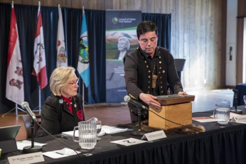 Council of Yukon First Nations Grand Chief Peter Johnson presents symbolic gift to federal Minister of Indigenous and Northern Affairs Carolyn Bennett at the Intergovernmental Forum. This is a political leadership Forum made up of Yukon Chiefs, the federal Minister of Indigenous and Northern Affairs, and the Yukon Premier. This bentwood box symbolizes the new relationship between the federal, Yukon and First Nation governments. (Photo: Government of Yukon)